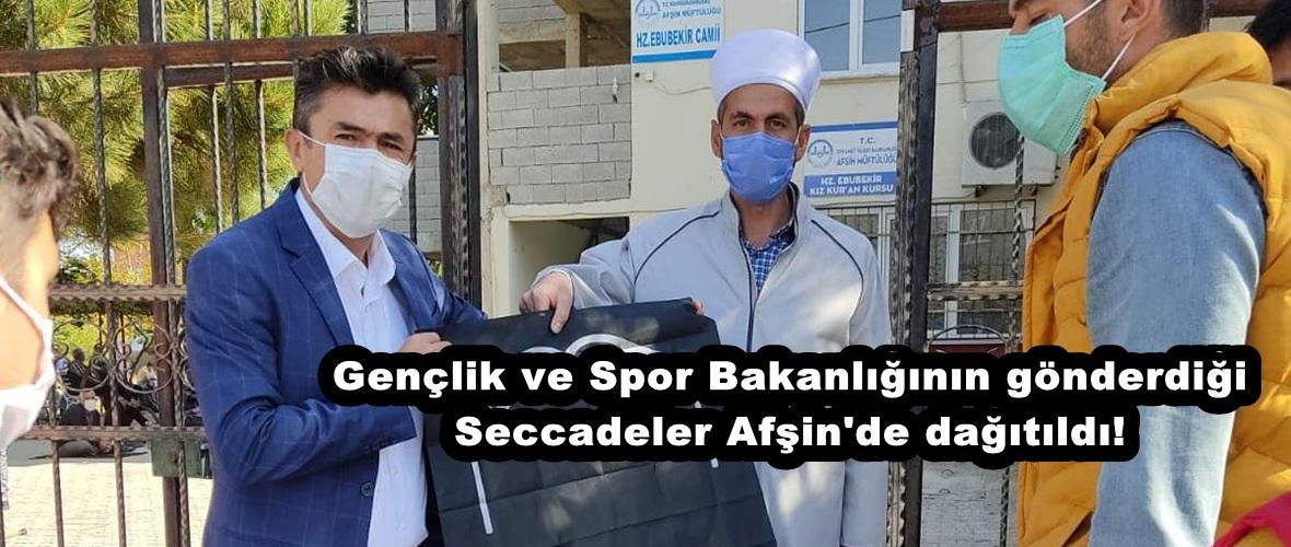 Gençlik ve Spor Bakanlığının gönderdiği Seccadeler Afşin'de dağıtıldı!